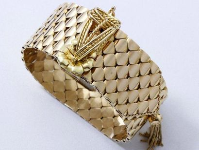 Bracelet ceinture en or, maillons écaille....