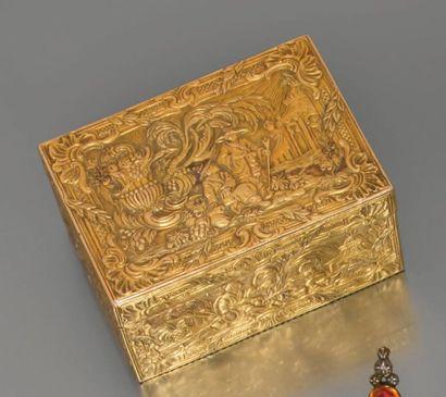 Tabatière en or de forme rectangulaire à...