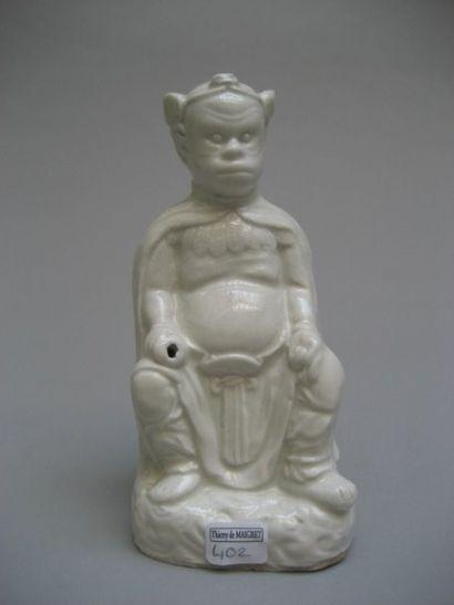 CHINE Figurine représentant le roi des singes...