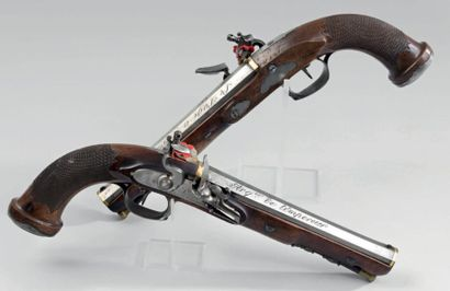 Rare paire de pistolets à silex commandée...