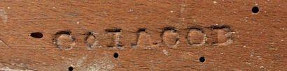 Paire de bergères à dossier cabriolet, en bois sculpté rechampi gris, à décor de...