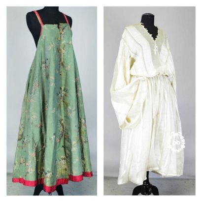 Robe traditionnelle russe dite