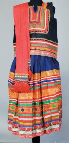 Tunique traditionnelle, début XXème siècle,...