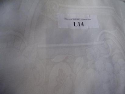 Grande nappe en coton damassé blanc à motifs...