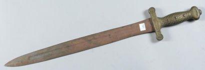 Glaive d?artillerie, modèle 1816, fleurs de lys du pommeau limées (sans fourreau)...