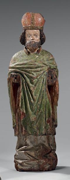 Evêque en bois sculpté. Fin du XVème siècle....