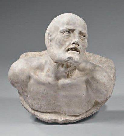 Transi en pierre sculptée d'une grande expressivité....
