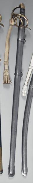 Sabre de cuirassier modèle an XI, garde à quatre branches en laiton, quillon poinçonné...