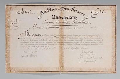 Mousqueton d'honneur décerné par le Premier Consul au citoyen Brevet, chasseur à...