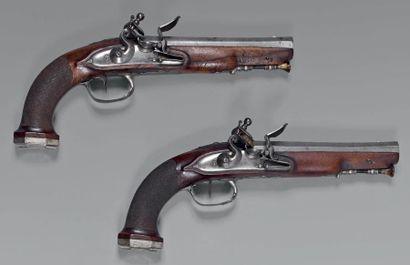 Paire de pistolets à silex d'officier d'état-major,...