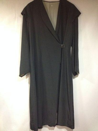 Manteau de jour, vers 1920. Ottoman noir...