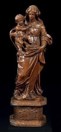 Vierge à l'enfant en buis ou bois de Sainte...