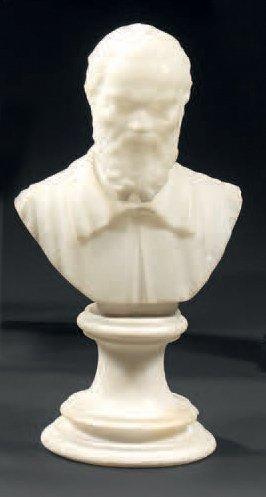 Petit buste en albâtre représentant Michel-Ange,...