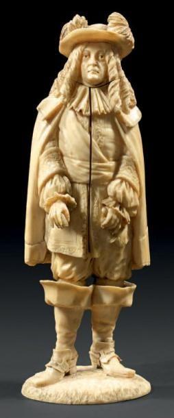 Statuette en ivoire sculpté figurant probablement...
