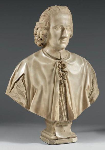 Buste en marbre blanc sculpté représentant...