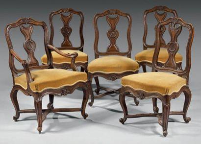 Mobilier de salon comprenant un fauteuil...