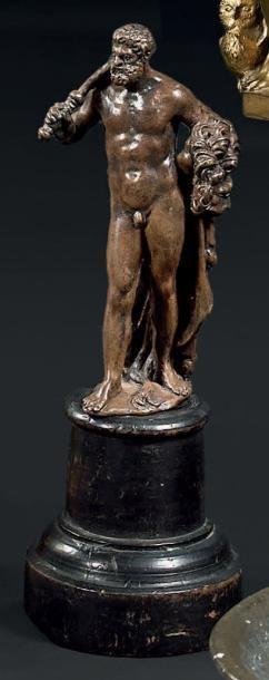 Hercule et le lion de Némée. Sujet en bronze à patine brune. Italie XVIIème siècle...