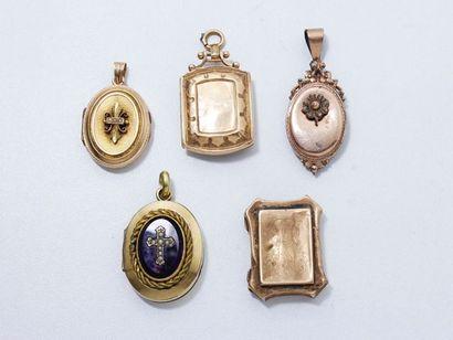 Lot en or 18 K composé de 3 médaillons porte-photo. Travail français du XIXème siècle....