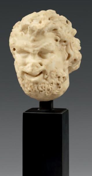 Tête de statuette représentant un satyre. Marbre blanc. Art romain, Ier - IIème...