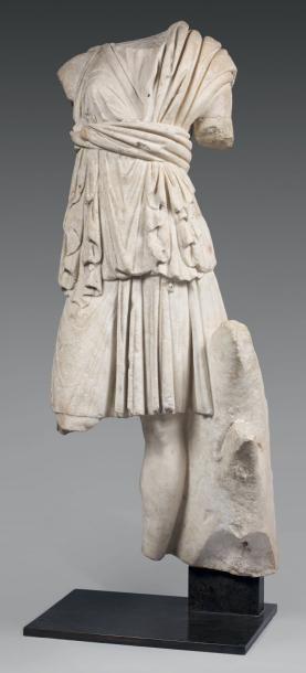 Important fragment de statue acéphale de...