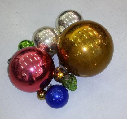Lot de boules décoratives dites de noël en...