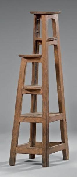 Sellette de sculpteur en chêne, à piètement...