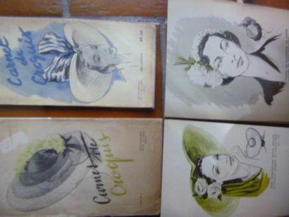 Lot de quatre «Carnets de Croquis de modiste»,...