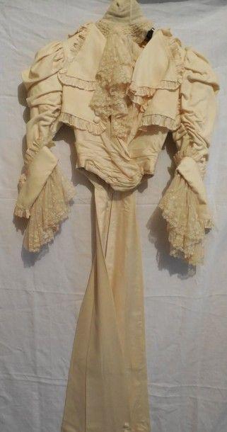 Corsage de robe style Directoire, vers 1890....