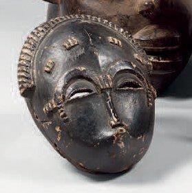 Baoulé. (Côte-d'Ivoire). Beau petit masque...