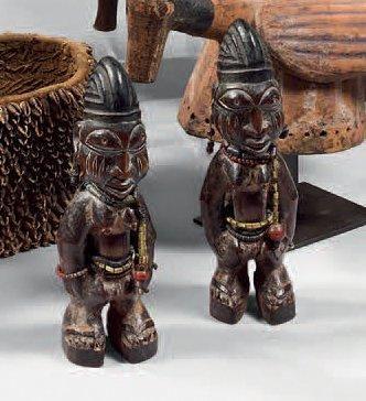 Yoruba. (Nigéria) Ancienne paire de figurines...