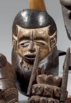 Idoma. (Nigéria) Rare et ancien masque-goitre...