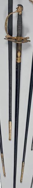 Rare épée d'uniforme d'officier du 3e régiment...