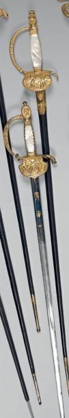 Très belle épée de présent d'officier supérieur,...