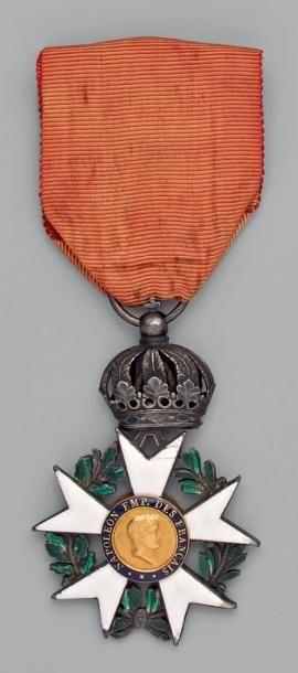 Croix de chevalier de l'ordre de la Légion...