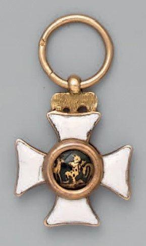 Croix de l'ordre de Saint-Hubert en or, émaillée,...