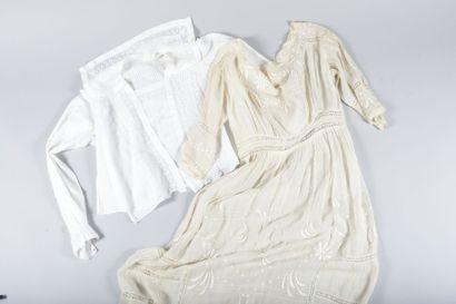 Robe d'été et marinière, vers 1914. Mousseline...