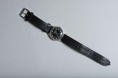 Montre bracelet d'homme en acier, cadran...