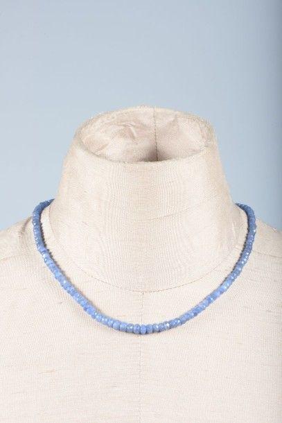 Collier de perles de saphir facettées, en...