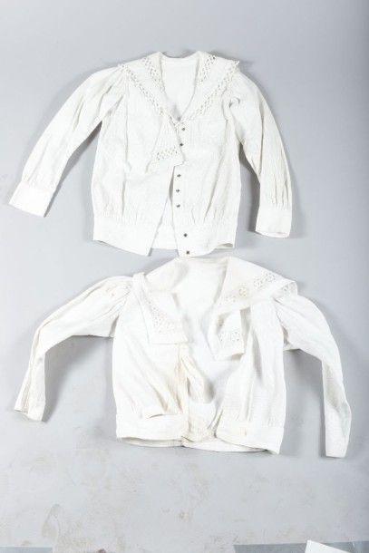 Réunion de vêtements d'enfants, fin du XIXème...