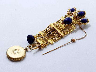 Petite montre de poche en or 18 K guilloché,...