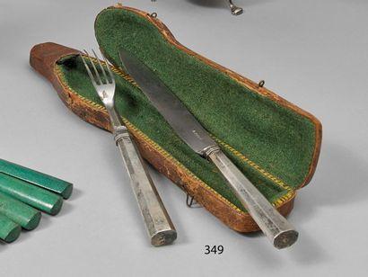Couvert (fourchette et couteau), les manches...