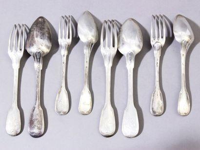 Lot de 4 fourchettes et 4 cuillers de table,...