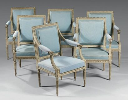 Suite de six fauteuils à dossier plat en...