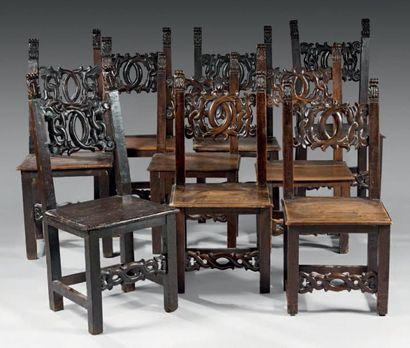 Ensemble de neuf chaises (différences) en...