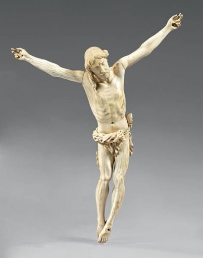Christ vivant en ivoire sculpté représenté...