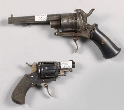 Revolver à broche, calibre 9 mm, mauvais...