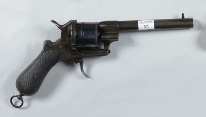 Grand revolver à broche, système Lefaucheux,...