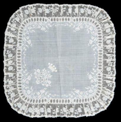 Très beau mouchoir de mariage, vers 1880....
