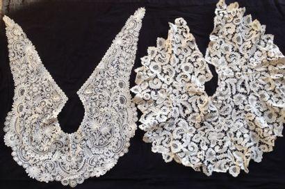 Deux cols-cravates en dentelles, Duchesse...