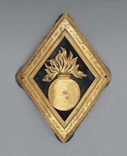 Rare grenade d'honneur décernée par le Premier...